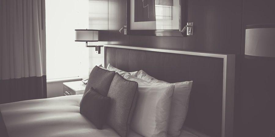Por que dormimos tão bem em hotéis?