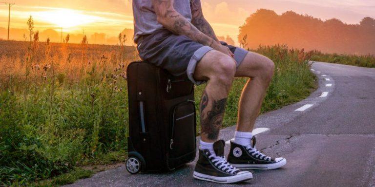 Conselhos úteis para ir de férias relaxado (e sem custos extra)
