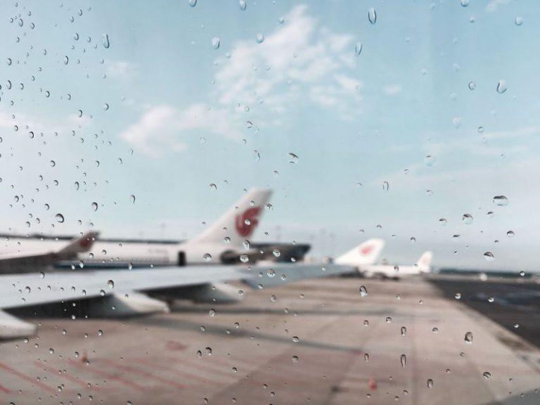 Dicas para solucionar problemas numa viagem de avião