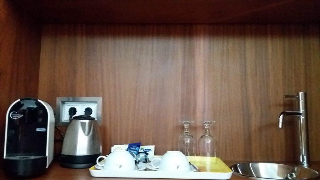 Mini-Kitchenette